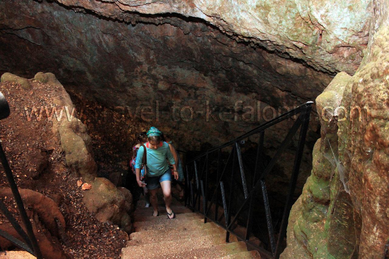 Cave Drogarati - Cave Drogarati by gstathis