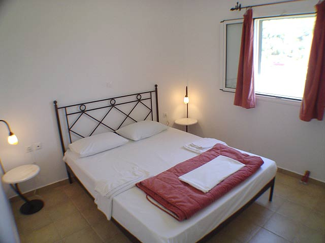 Image of the Bedroom Liberatos Village Lassi Kefalonia CLICK TO ENLARGE