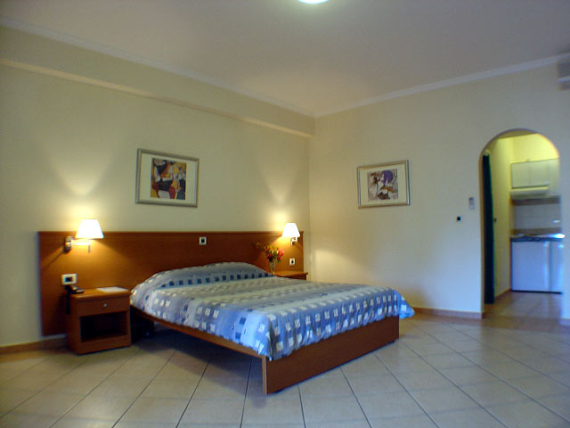 Rooms Photo 9 Muses Hotel Skala Kefalonia CLICK TO ENLARGE